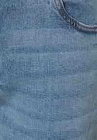 Cotton On Curve - TAYLOR MOM - Džíny Relaxed Fit - boston blue - 2
