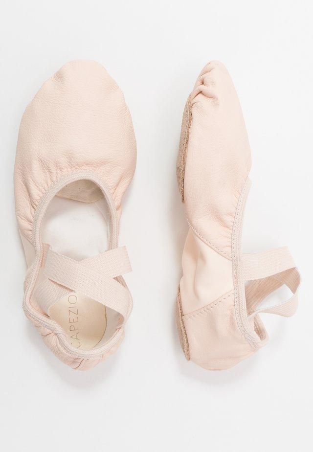 BALLET SHOE HANAMI - Sportovní boty - pink