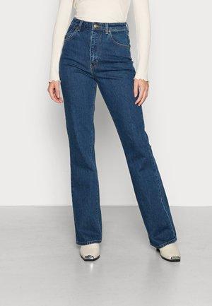 DUSTERS BOOTCUT - Bootcut jeans - ecorubyblue