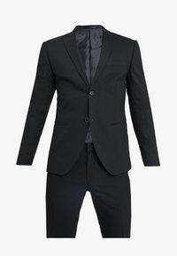 BASIC PLAIN SUIT SLIM FIT - Suit - black