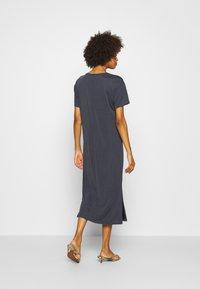 Marc O'Polo DENIM - DRESS SHORT SLEEVE - Jersey dress - scandinavian blue - 2