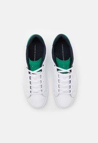 Tommy Hilfiger - RETRO TENNIS CUPSOLE - Trainers - white/nouveau green - 3