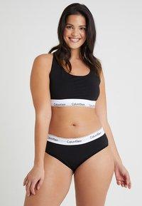 Calvin Klein Underwear - MODERN PLUS UNLINED BRALETTE - Alustoppi - black - 1