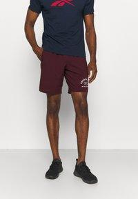 Reebok - GRAPHIC SHORT - Sports shorts - maroon - 0
