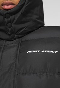 Night Addict - Talvitakki - black