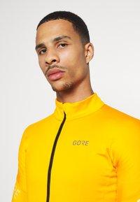 Gore Wear - C3 THERMO  - Fleece jacket - bright orange - 3