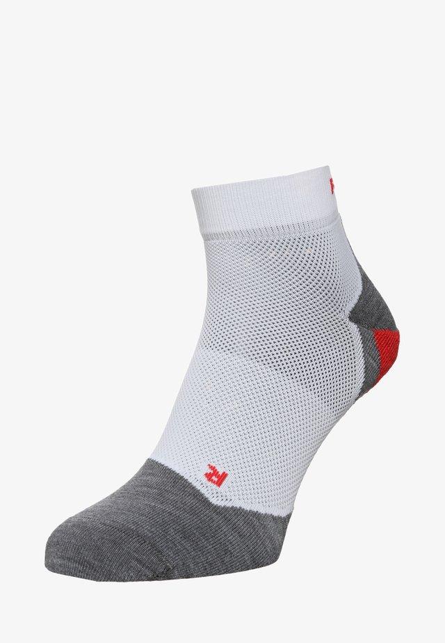 RU5 LIGHTWEIGHT SHORT - Sports socks - white/grey