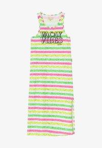 Vingino - PILAINE - Sukienka z dżerseju - neon pink - 3