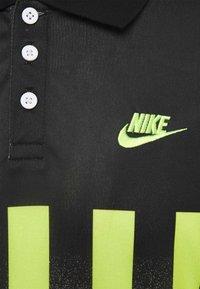 Nike Sportswear - RE ISSUE - Polo shirt - volt/black - 2