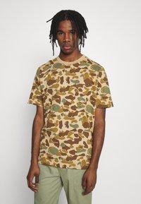 Quiksilver - PACIFICCAMOSSTE - Print T-shirt - light brown/khaki - 0