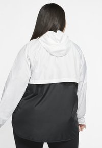 Nike Sportswear - PLUS - Summer jacket - white/black - 2