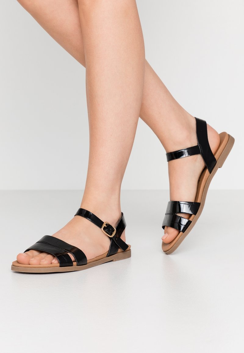 New Look Wide Fit - WITE FIT GOLLY GREAT COMFY FOOTBED - Sandaler - black