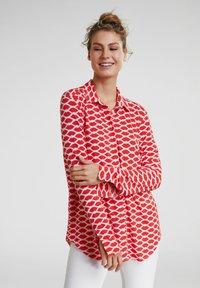 Oui - Button-down blouse - red white - 0
