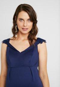 Chi Chi London Maternity - OAKLEE DRESS - Robe d'été - blue - 3
