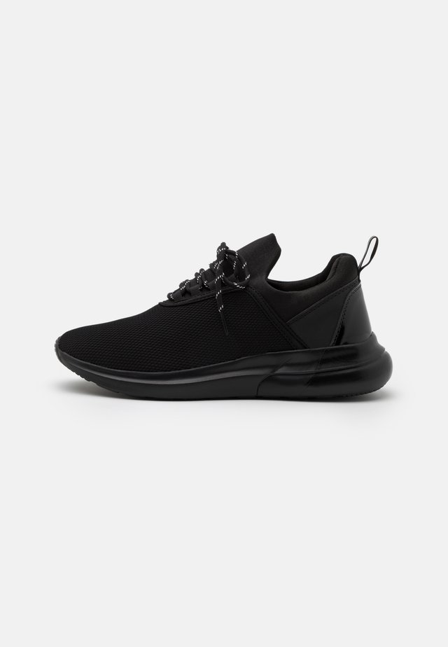 REFLECT - Sneakers laag - black