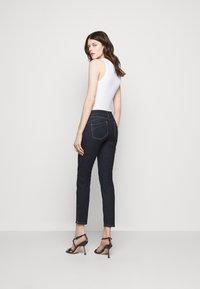 Sportmax - PULVINO - Jeans Skinny Fit - nachtblau - 2