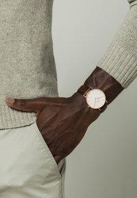 Daniel Wellington - CLASSIC BRISTOL 40MM - Watch - rosegoldfarben - 1