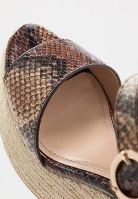 PARFOIS - Sandály na vysokém podpatku - multicolor/brown - 2