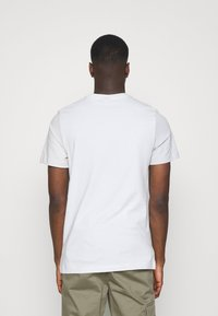 Nike Sportswear - TEE - Print T-shirt - spruce aura - 2