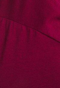 Anna Field Curvy - Jednoduché triko - red - 4