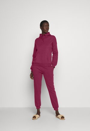 Hooded lounge set - Pyjama set - berry