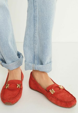 HARDWARE DRIVER  - Moccasins - red