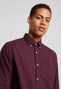 GANT - REGULAR FIT - Shirt - port red - 4