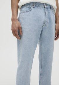 PULL&BEAR - STANDARD  - Jeans straight leg - light blue - 6