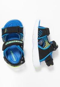 Skechers - E-II BEACH GLOWER - Outdoorsandalen - black/blue/royal/lime - 1