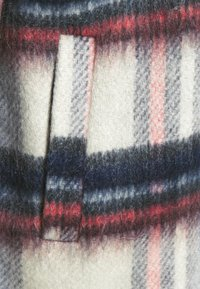 ONLY - ONLJENNY SHORT SHACKET - Short coat - light grey melange/black/blue/red - 2