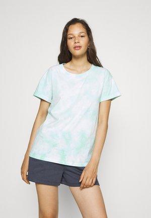 TIE DYE BOXY TEE - T-shirts med print - mint