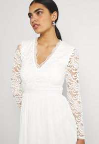 Nly by Nelly - SCALLOPED DRESS - Cocktail dress / Party dress - white - 3