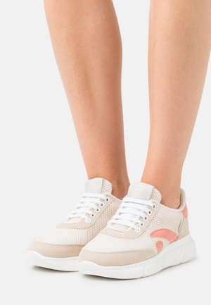 SPEED RECYCLED - Trainers - vanilla/coral