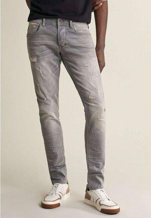 CLASH - Jeans Skinny Fit - grau