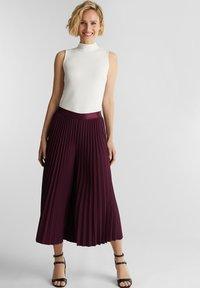 Esprit Collection - CULOTTE - Trousers - bordeaux red - 1