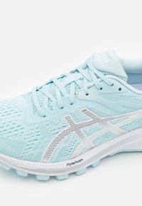 ASICS - GT-1000 10 - Chaussures de running stables - aqua/digital aqua - 5