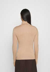 New Look - ROLL NECK - Long sleeved top - camel - 2