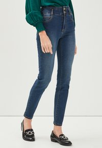 Cache Cache - MIT HOHER TAILLE - Slim fit jeans - denim stone - 3