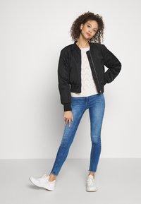 ONLY Petite - ONLBLUSH - Jeans Skinny Fit - medium blue denim - 1