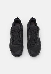 adidas Performance - TERREX AX4 HIKING TECHNICAL PRIMEGREEN SHOES MID - Obuwie hikingowe - core black/carbon/grey four - 3