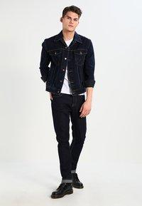 Wrangler - WESTERN - Denim jacket - blue black - 1