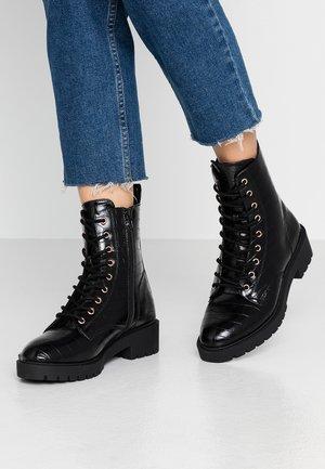 LACE UP - Šněrovací kotníkové boty - black