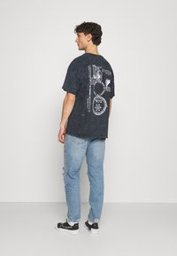 BDG Urban Outfitters - Džíny Slim Fit - blue - 2