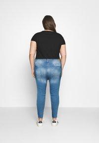 ONLY Carmakoma - CARLAOLA LIFE - Skinny džíny - special bright blue denim - 2