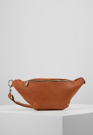 BUM BAG - Sac banane - cognac