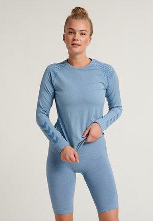CI SEAMLESS - Sports shirt - faded denim melange