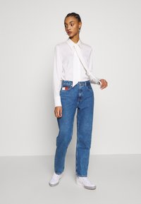 Tommy Jeans - HARPER STRAIGHT - Straight leg jeans - blue denim - 1