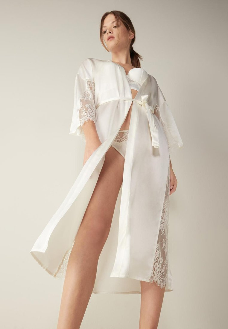 Intimissimi - SEIDENMORGENMANTEL - Dressing gown - talco