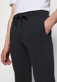 True Religion - PANT  - Pantaloni sportivi - black - 3