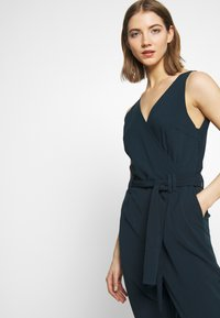 YAS - YASCLADY SPRING - Jumpsuit - carbon - 4